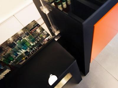 Dettaglio cabina estetica in farmacia